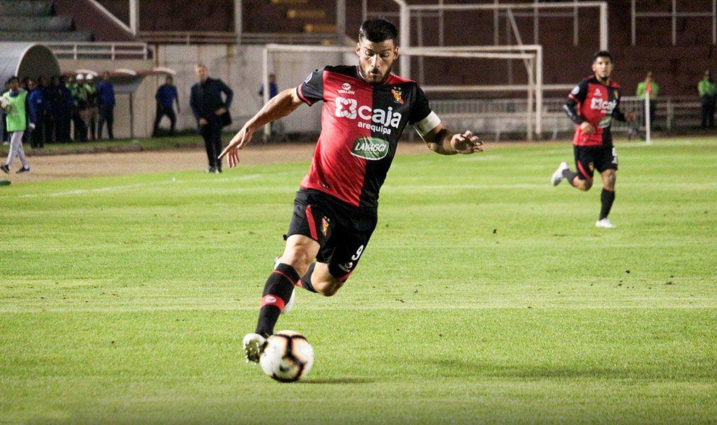 Bernardo Cuesta confía en clasificar a fase de grupos de la Copa Libertadores