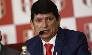 Lozano lamenta decisión de la FIFA en quitar la sede para el Mundial Sub-17