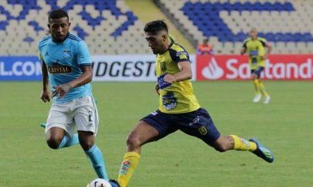 Cristal pierde con gol de último minuto de Universidad de Concepción