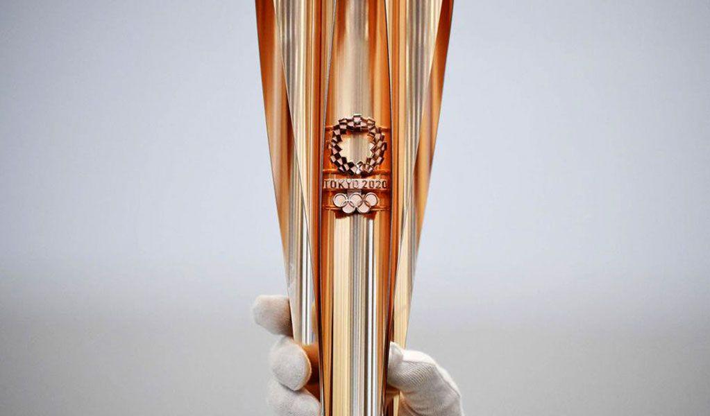 Antorcha olímpica de Tokio 2020 inspirada en la flor del cerezo