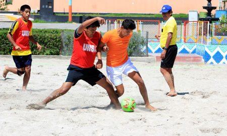 Arrancó el fútbol playa damas y varones Unsa