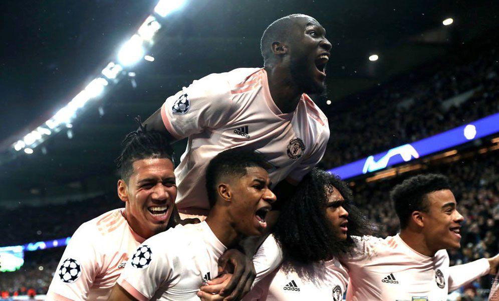 El Manchester United remonta al PSG y se clasifica para cuartos de la Champions