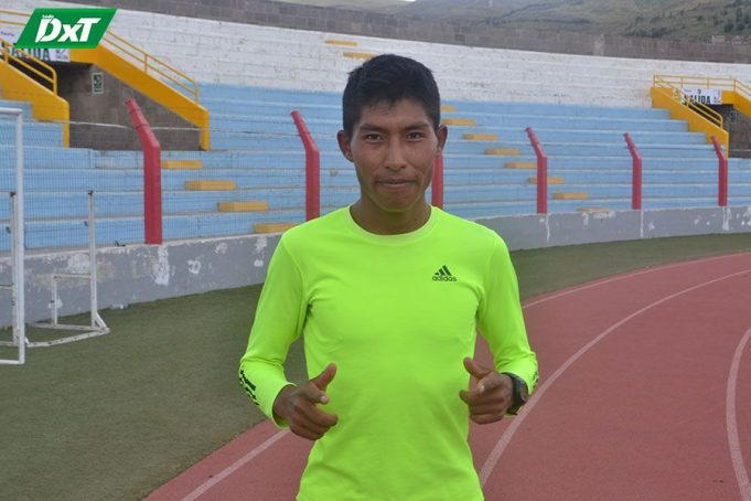 Omar Ramos, PROCEDENCIA: Huancané CATEGORÍA: Mayores CORRERÁ: 10 Kilómetros.