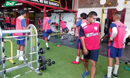 Alfonso Ugarte se prepara para volver al fútbol profesional peruano