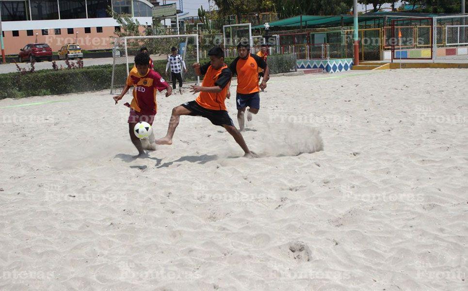 Arequipa: Final en el II Torneo de Fútbol Playa del Idunsa