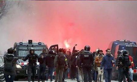 Champions: Hubo enfrentamiento a pesar del dispositivo de seguridad