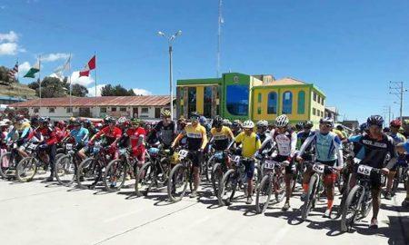 Puno: Competencia de ciclismo por aniversario de Platería