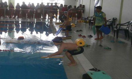Club de natación Los Tiburones de La Joya