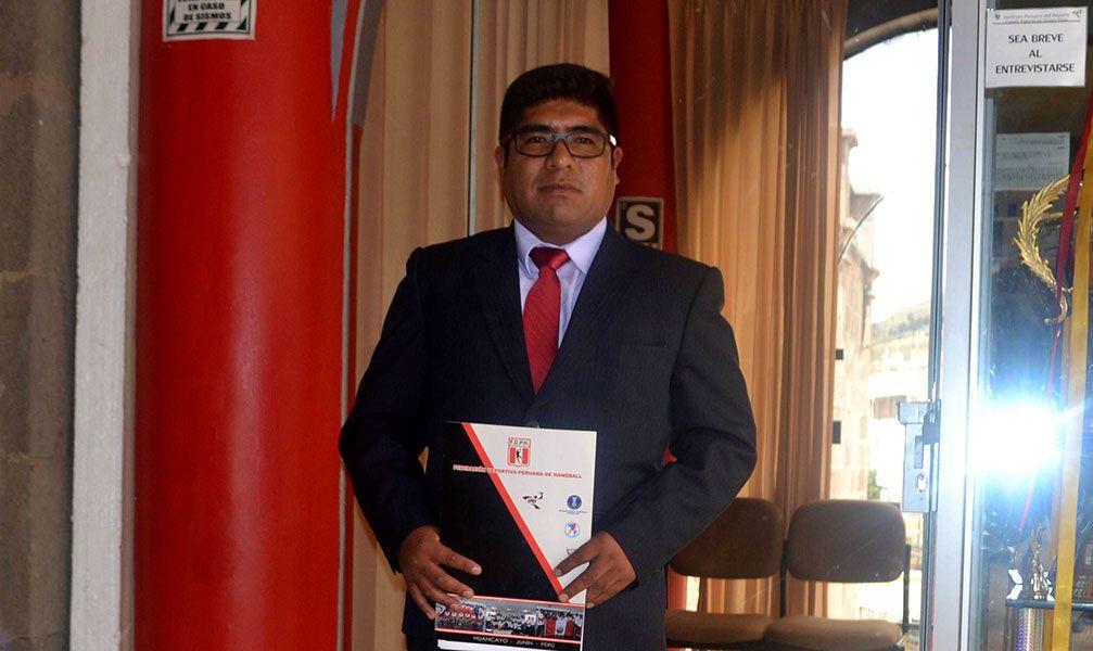 Ayer se presentó en el CRD-IPD Puno y asumió su cargo.
