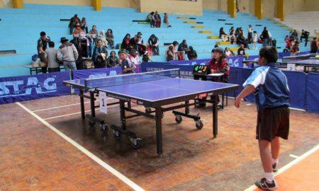 Festival de tenis de mesa en la ciudad de Puno