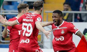 Farfán, con dos goles, le da el triunfo a Lokomotiv y sigue en la lucha por el título de la liga rusa