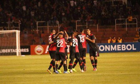 Rojinegros ganaron de visita frente a Carlos A. Manucci. El martes juegan la Libertadores