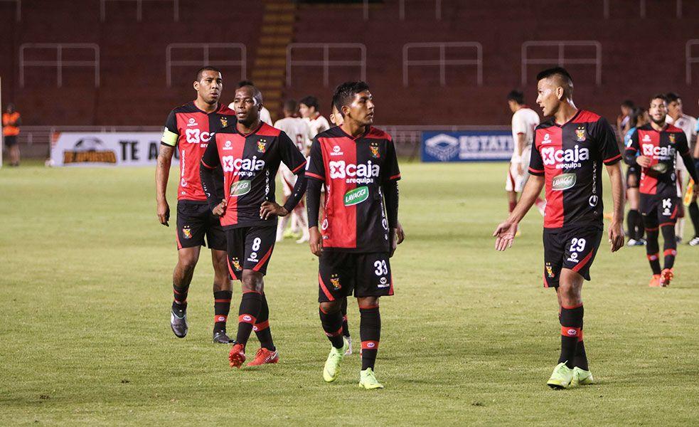 Melgar empató 1-1 con Unión Comercio de visita y quedó relegado en la tabla con 12 puntos