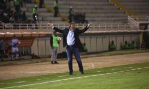 Pautasso, técnico del FBC Melgar, sostiene que la televisión perjudica a los equipos con las programaciones de los partidos de la Liga 1
