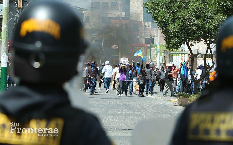 Vecinos defendieron con todo el estadio 'José Luis Carpio Rivera'