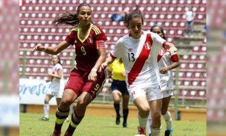 Equipo femenino de Perú se prepara para Lima 2019.