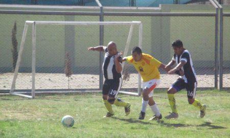 Urbanización Tacna se impuso ayer por la mínima diferencia a Defensor Caplina.
