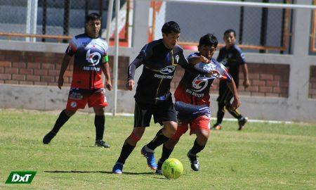 En Miraflores, se retrasó un partido por desorganización de la liga distrital
