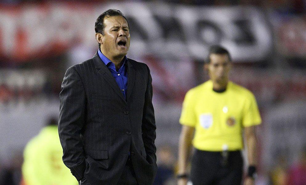 Juan Reynoso podría volver a Melgar para el Torneo Clausura. No se siente cómodo en Garcilaso