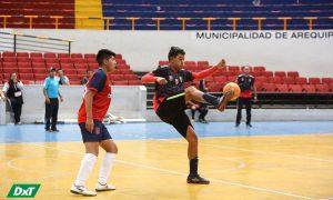 Goles, emociones y partidos reñidos en tercera fecha del futsal escolar varones en el Cercado