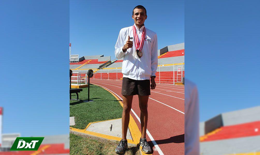 Es el mejor atleta del Perú en los 800 metros planos. El arequipeño Marco Vilca tiene un gran futuro por delante.