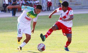 Moqueguanos golean 4 a 2 al Alfonso Ugarte