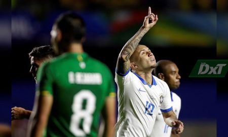 3-0. Brasil golea a Bolivia con doblete de Coutinho y un tanto de Everton