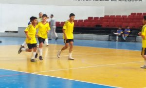 Futsal en la Copa Ccorito: Neptalí Valderrama venció 4-2 al 7 de Agosto