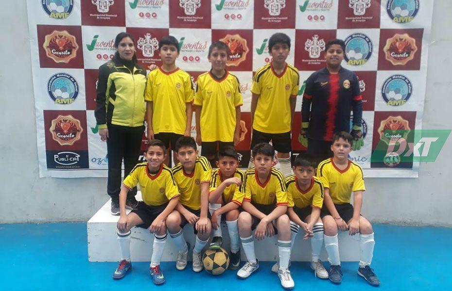 Neptalí Valderrama debutó con triunfo en la Copa Ccorito.