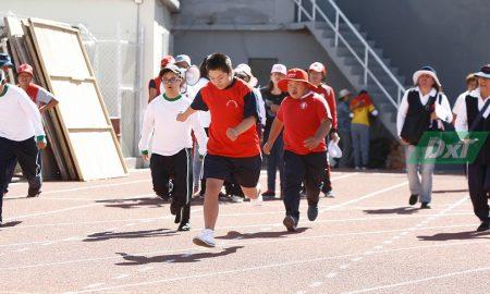 La pasaron bien corriendo en la pista del estadio Melgar.