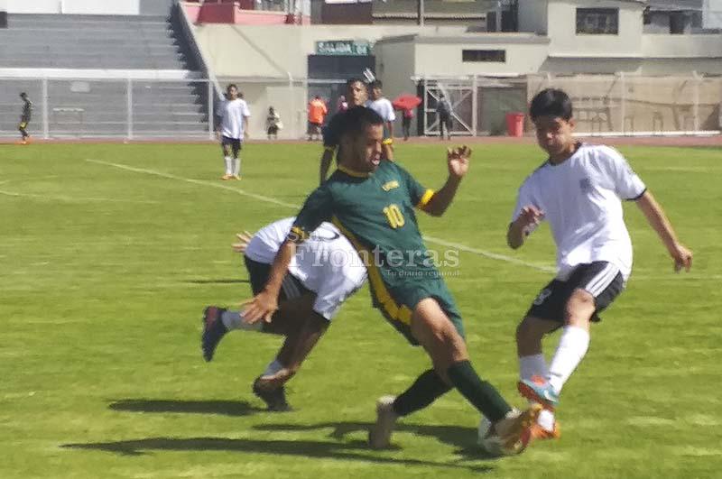 Arrancó el fútbol de los III Juegos Metropolitanos Universitarios 2019