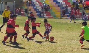 Talentos juegan en primera fecha de torneo de menores en Hunter