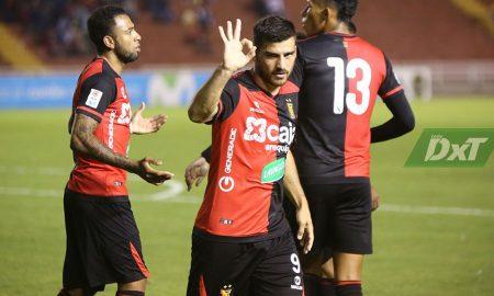Bernardo Cuesta está contento con la llegada de Moroso y ÁvilaBernardo Cuesta está contento con la llegada de Moroso y Ávila
