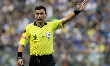 El árbitro chileno Roberto Tobar dirigirá la final de la Copa América entre Brasil y Perú