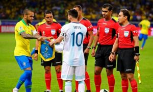 Alves hace duras críticas contra Messi por sus polémicas declaraciones