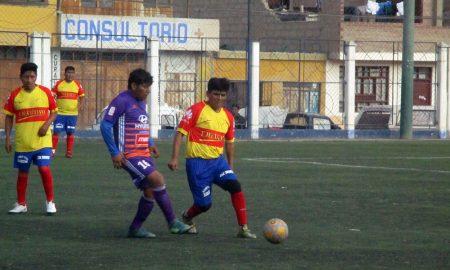 Buenos partidos por el torneo de Taxigol en Tacna