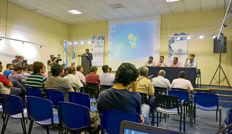 Seminario para los periodistas deportivos en Arequipa