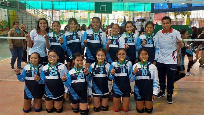 Molivóleibol logró celebrar el primer lugar.
