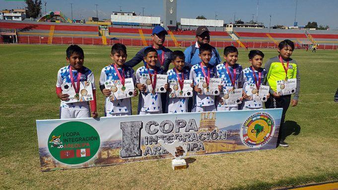 Cachete Zúñiga logró el campeonato en la sub-10.