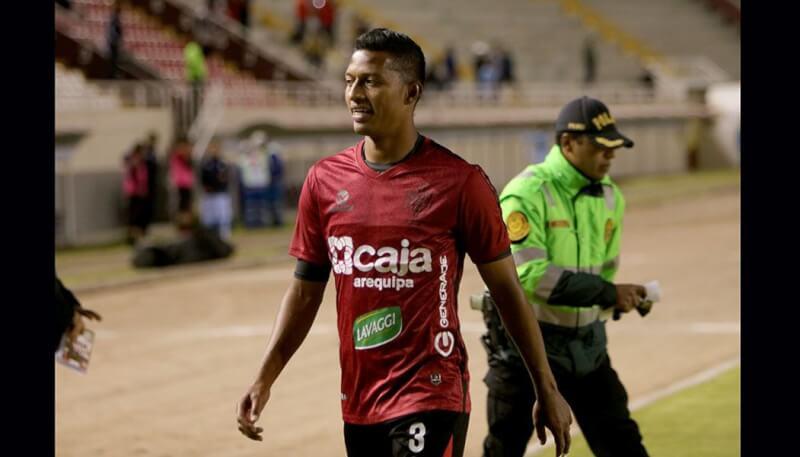 Jhon Narváez critica duramente al árbitro Menéndez