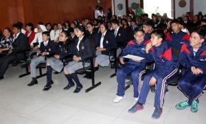 Municipio de Bustamante premió a escolares