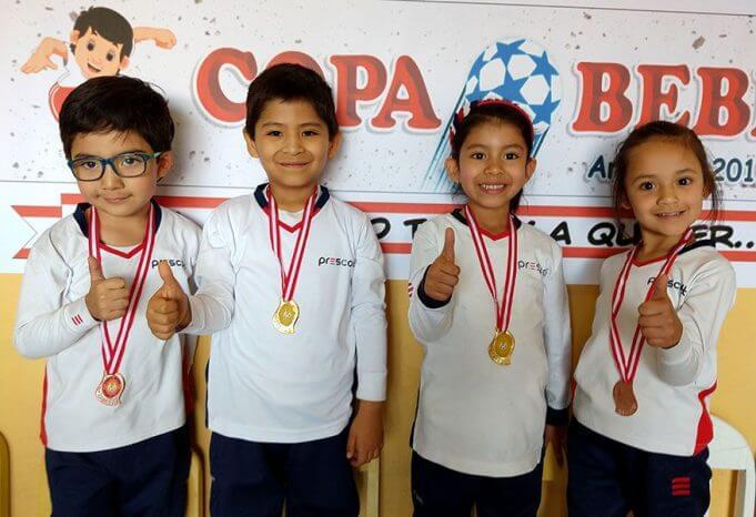 Todos los alumnos del colegio Prescott consiguieron medallas.