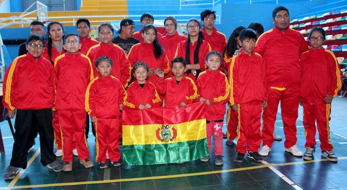 Escuela Wai Nei Chuan de Bolivia vino con 17 competidores.