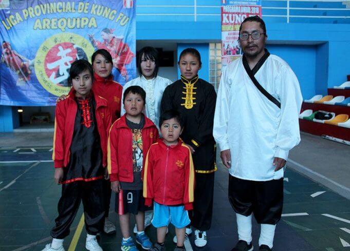 Club Feng Lung de Puno dio muestra de todas sus habilidades.
