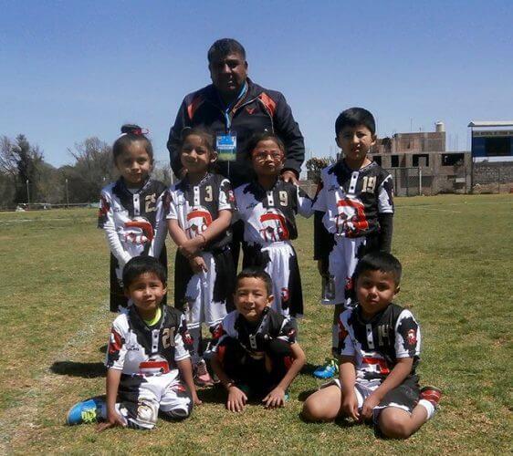 El equipo TAS de la categoría sub-6.