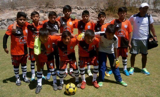 Escuela de Fútbol Pachuca llegó desde Cerro Colorado.