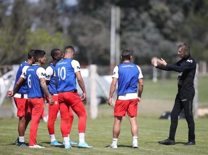 Desde hoy entrenan con equipo completo en Uruguay