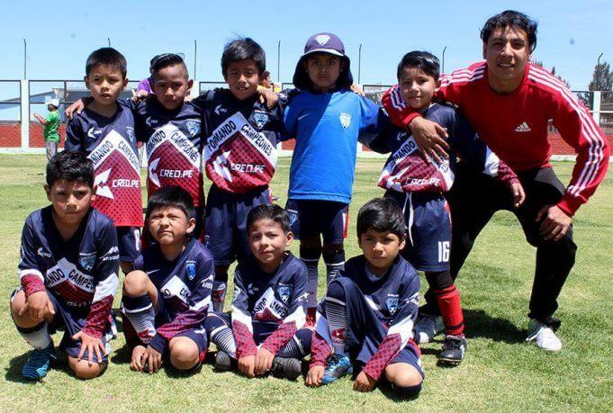 Escuela de Fútbol Cracks ganó en la categoría sub-7.