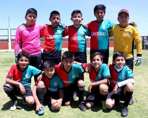 Canteras de Socabaya ganó en la categoría sub-10.