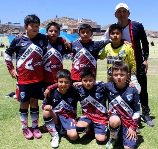 Escuela de Fútbol Cracks categoría sub-8.